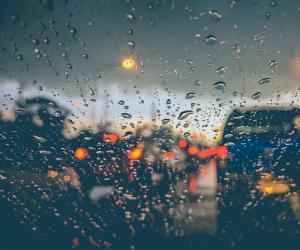 6 dicas valiosas para dirigir na chuva com segurança
